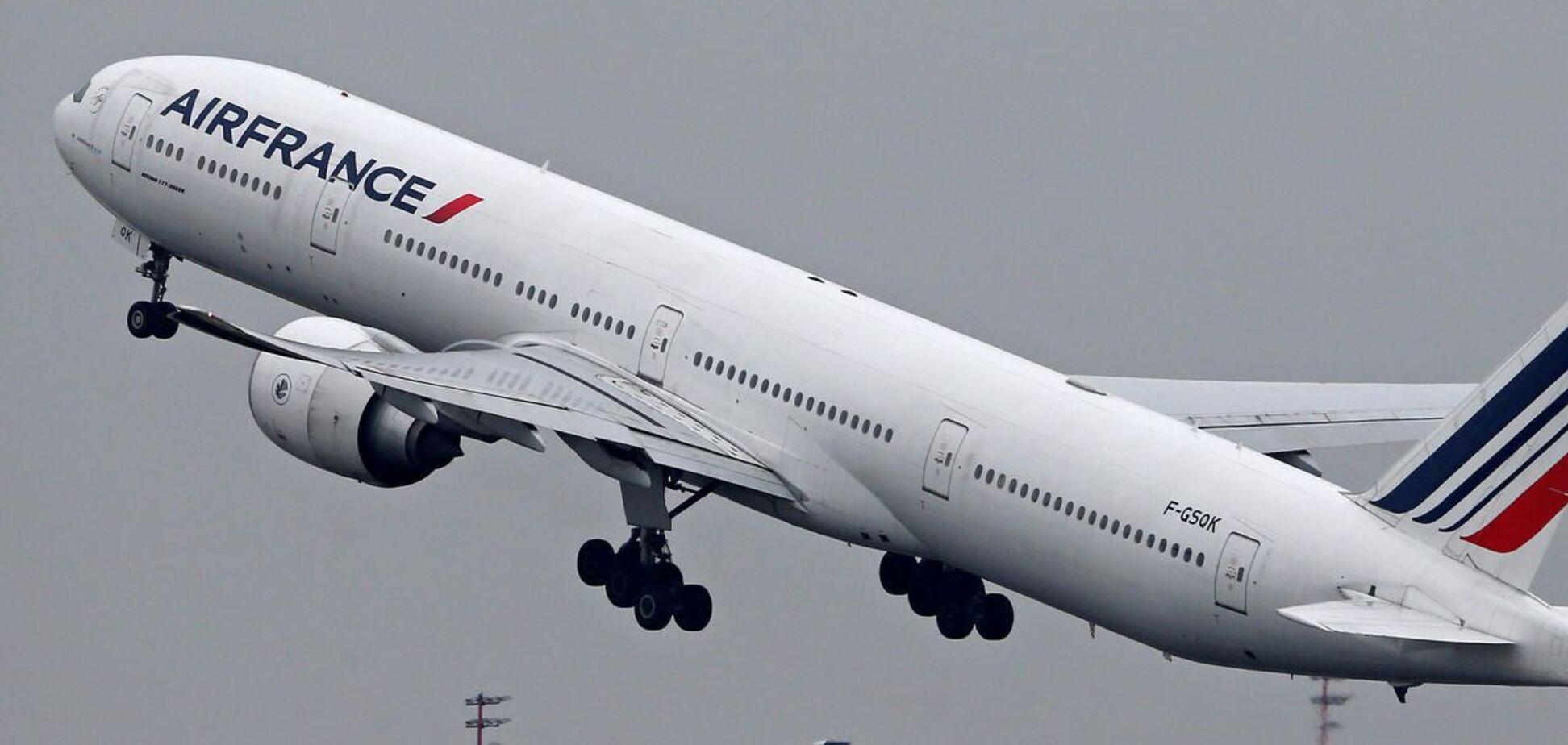 AirFrance отменила рейс в Москву из-за неодобрения РФ маршрута в обход Беларуси
