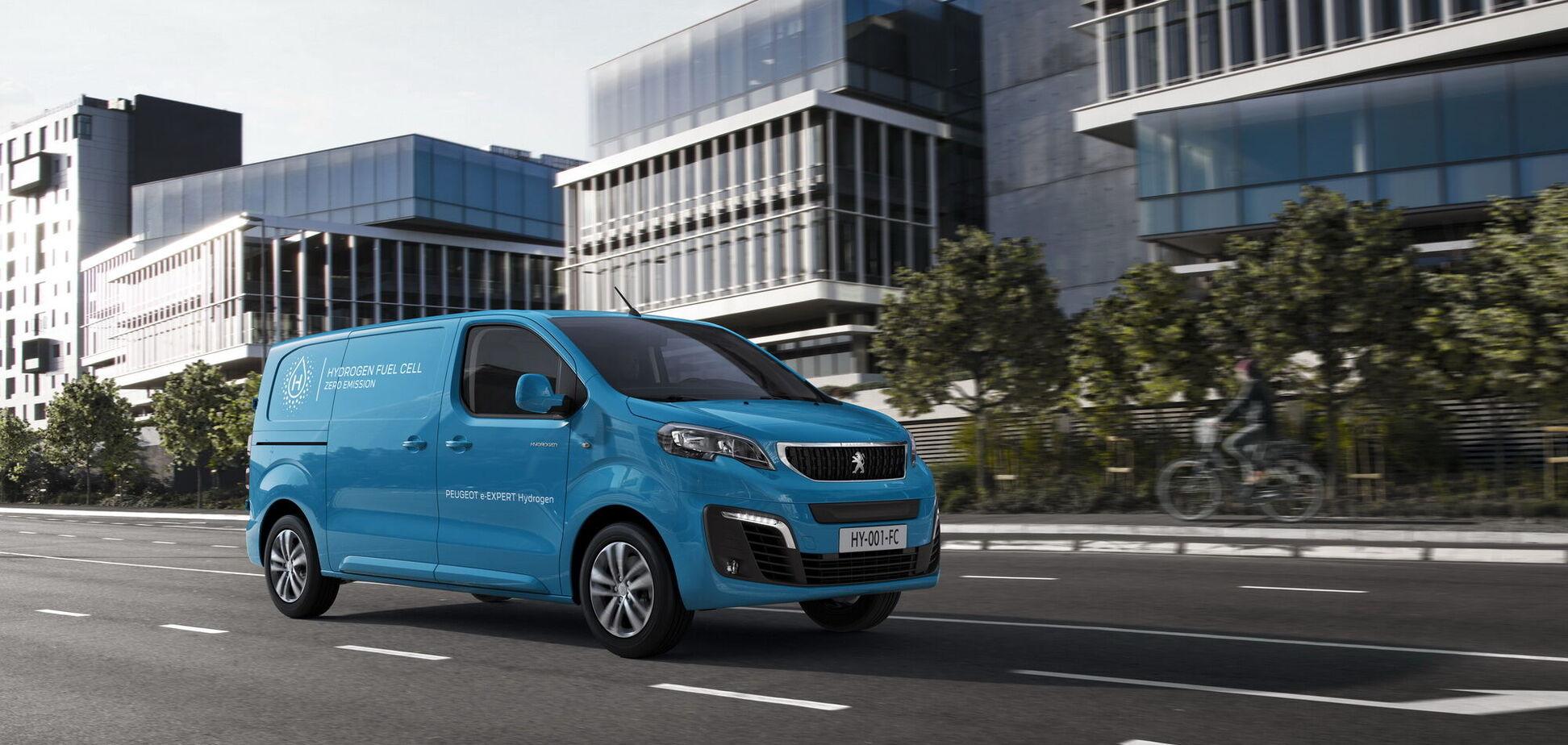 Peugeot презентувала перший комерційний фургон на водні