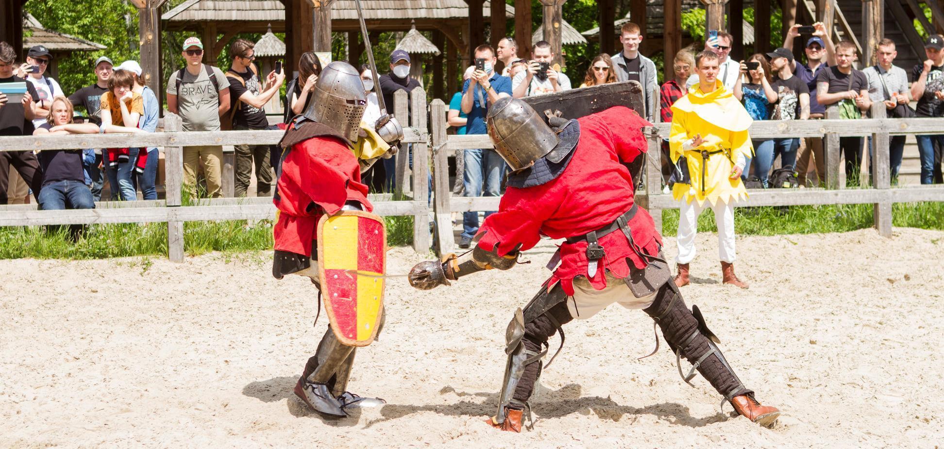 Под Киевом состоялся открытый чемпионат Украины по средневековому бою 'Зов героев'