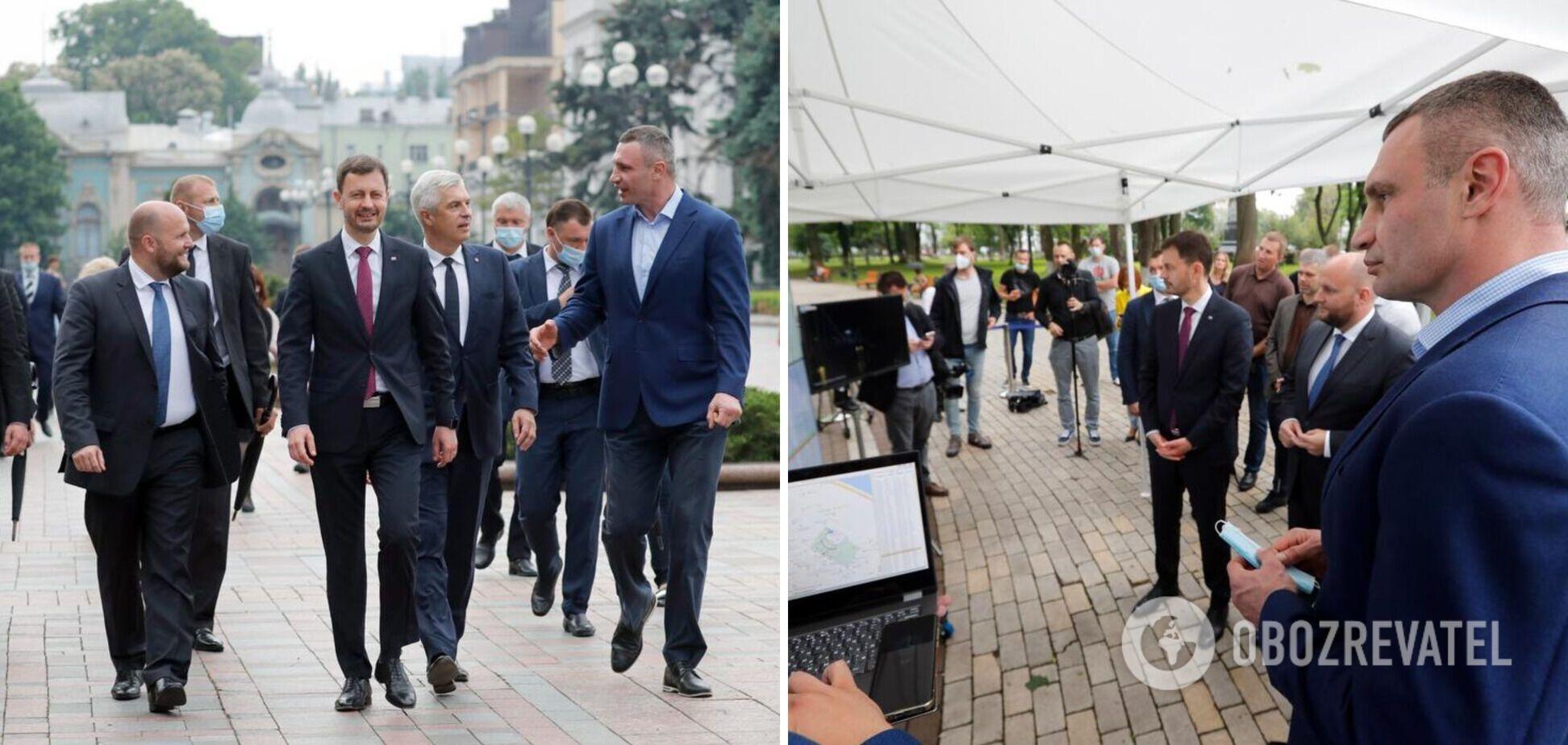 Кличко продемонстрировал 'умную' систему управления освещением Киева