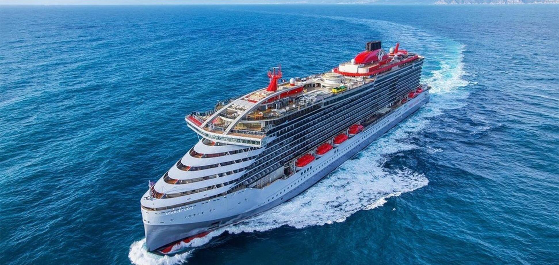 Испания начнет принимать туристические лайнеры: названа дата