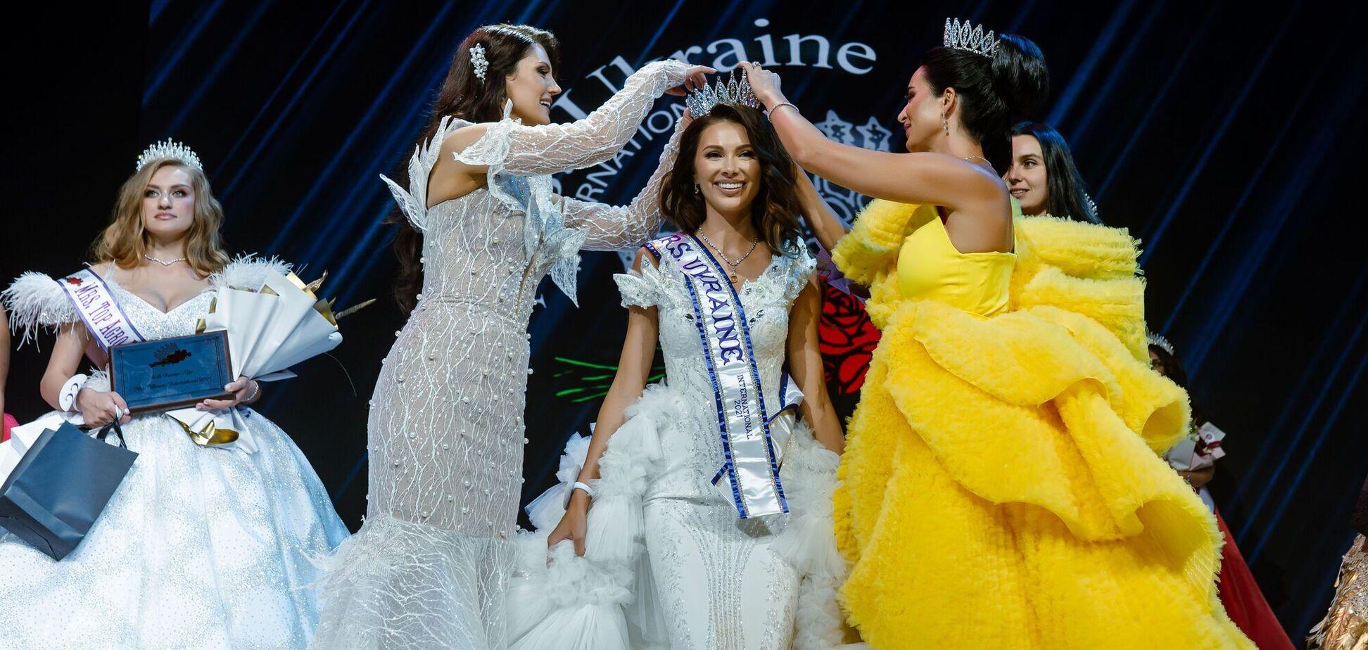 В Киеве выбрали победительницу конкурса MRS. UKRAINE INTERNATIONAL 2021