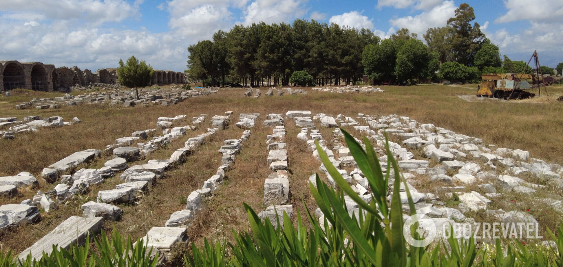Прогулянка по древньому місту Перге у Туреччині