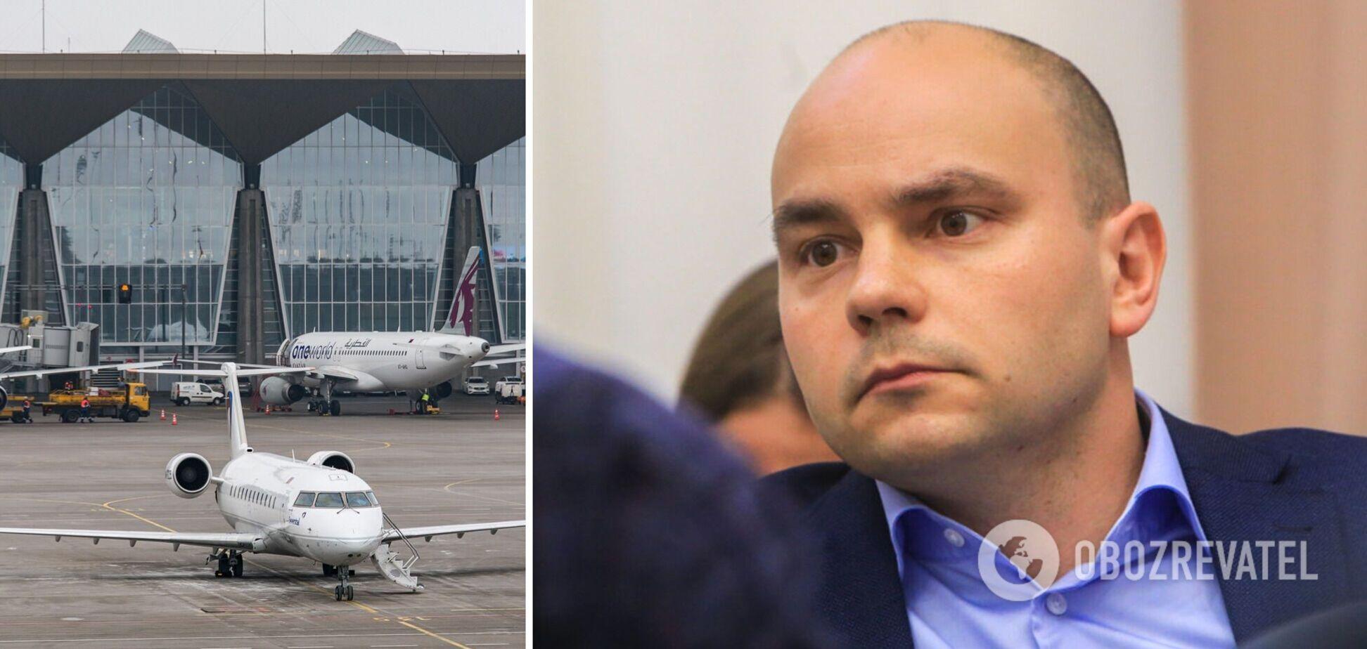 Андрея Пивоварова сняли с самолета