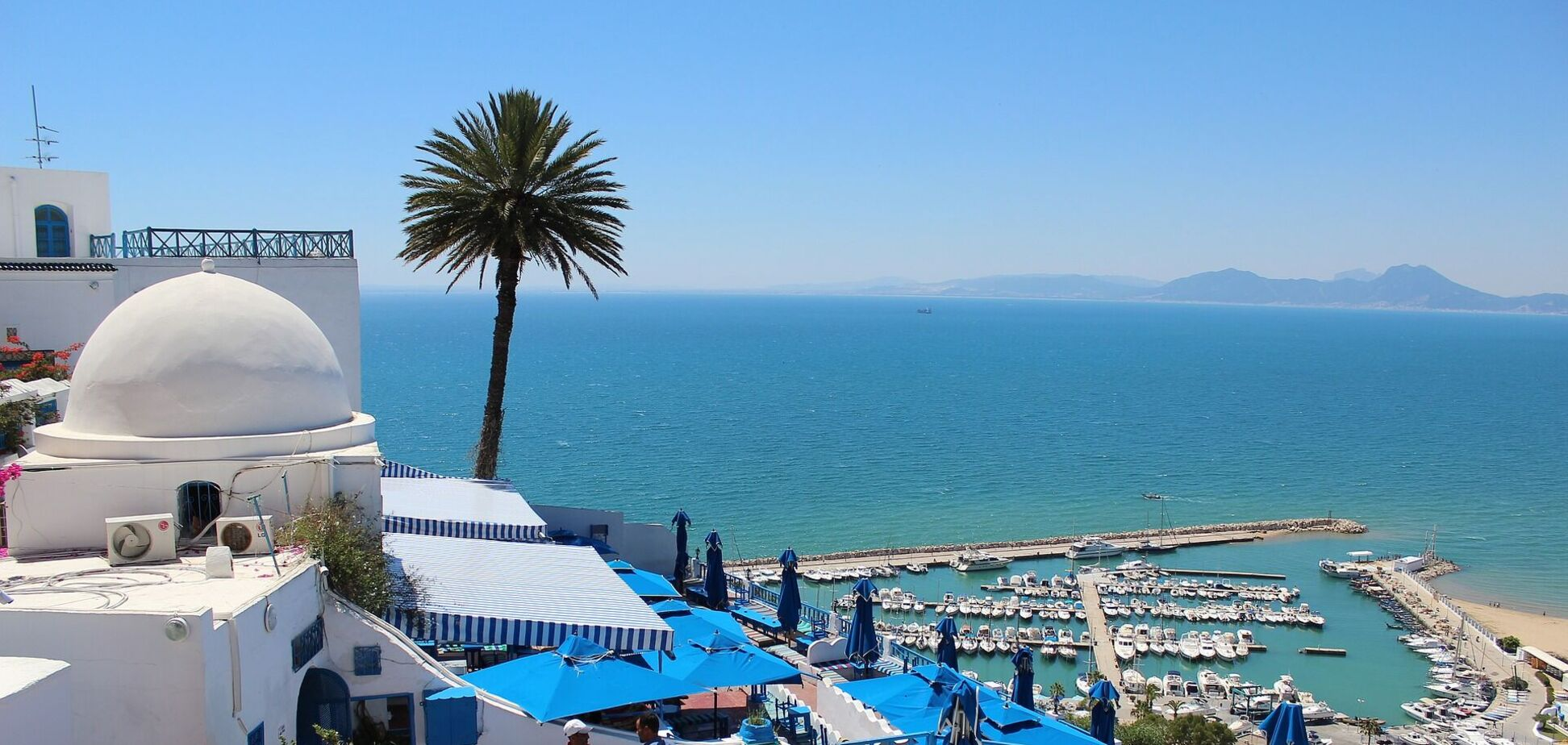 Тунис отменяет ПЦР-тесты для туристов