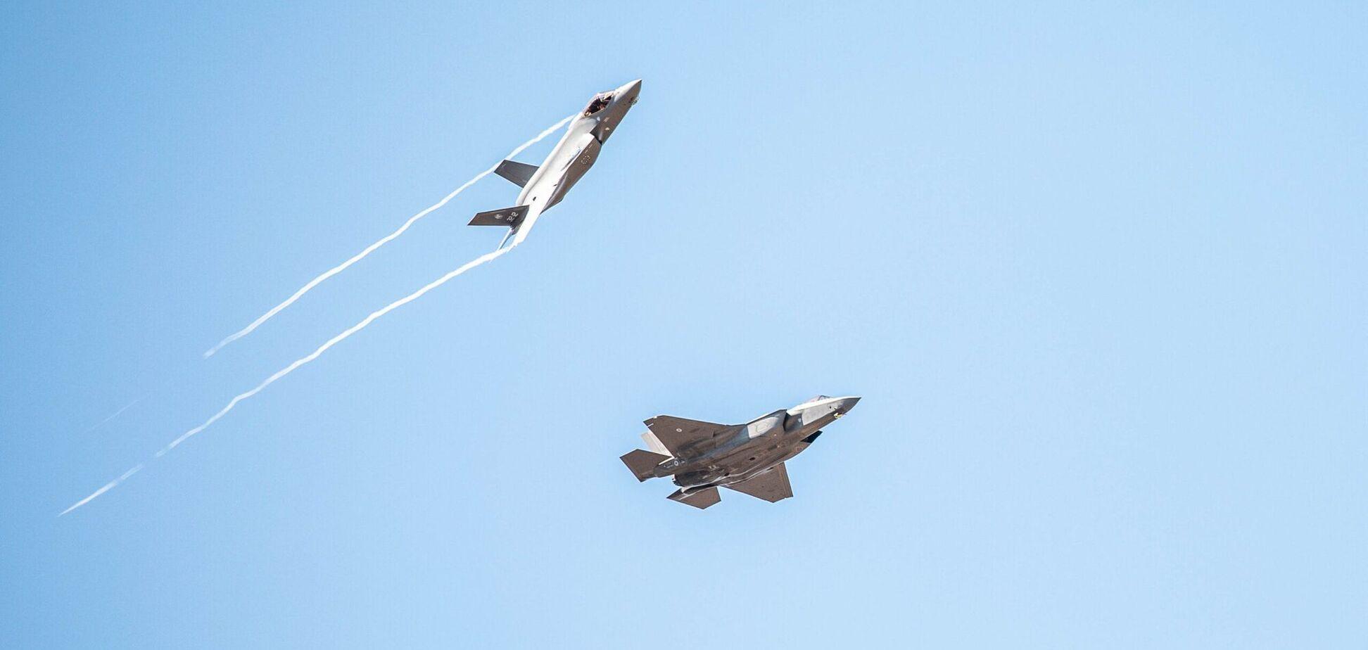 Італія перекинула винищувачі F-35 до кордону Росії