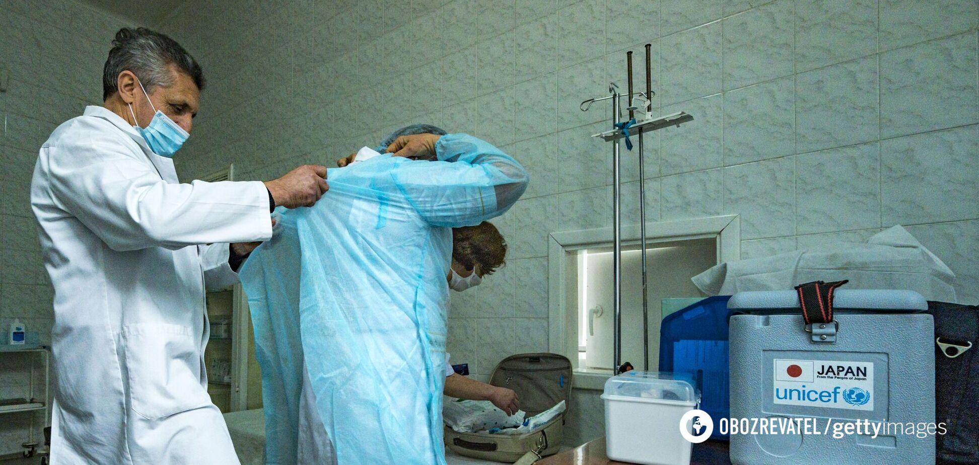 В Україні від COVID-19 померли майже 45 тисяч осіб