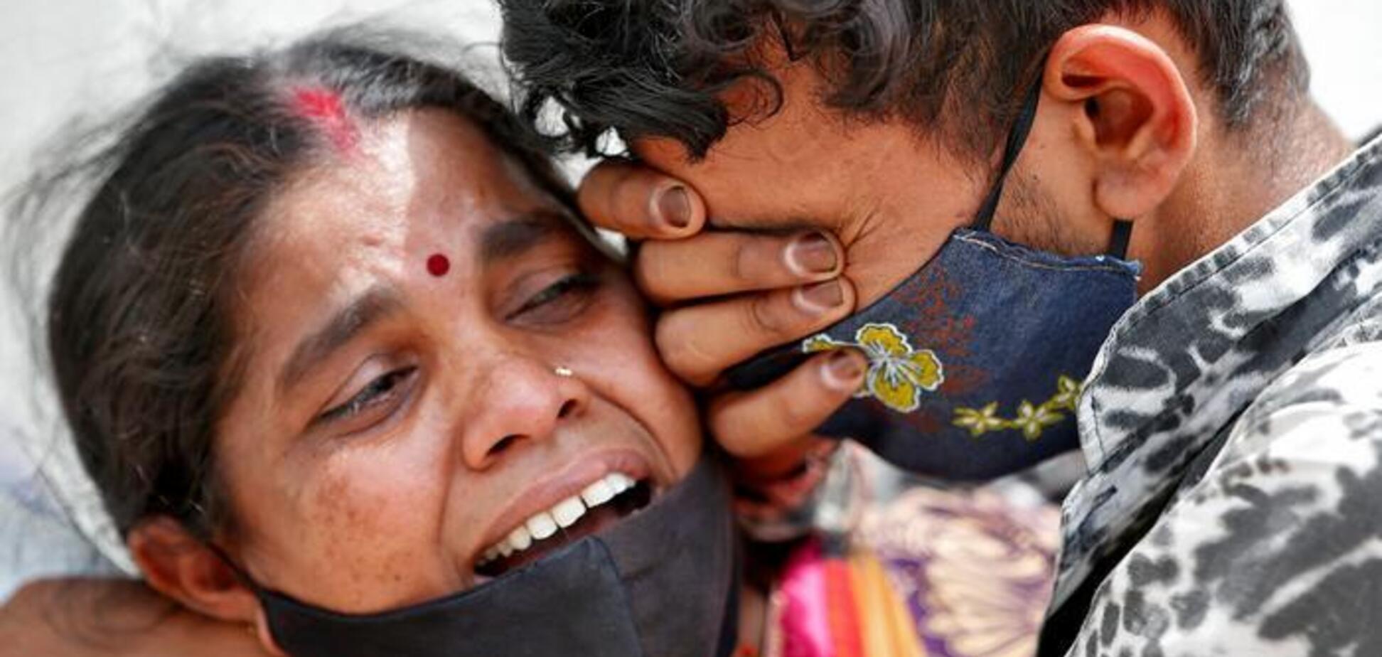 Морги і крематорії переповнені: в Індії рекордна кількість смертей від COVID-19