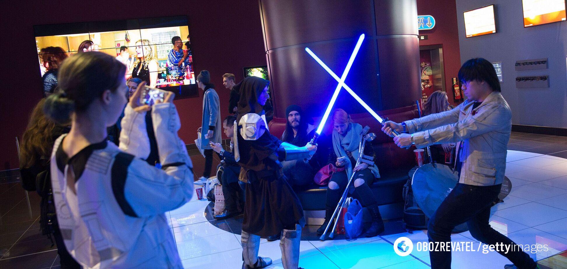 Disney показала робочий світловий меч із 'Зоряних воєн'. Відео