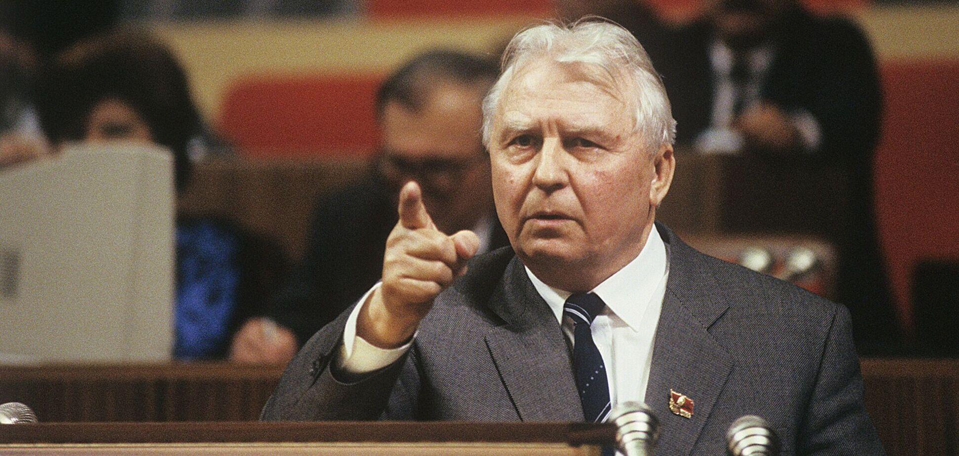 У віці 100 років помер колишній секретар ЦК КПРС і 'батько сухого закону' Лігачов