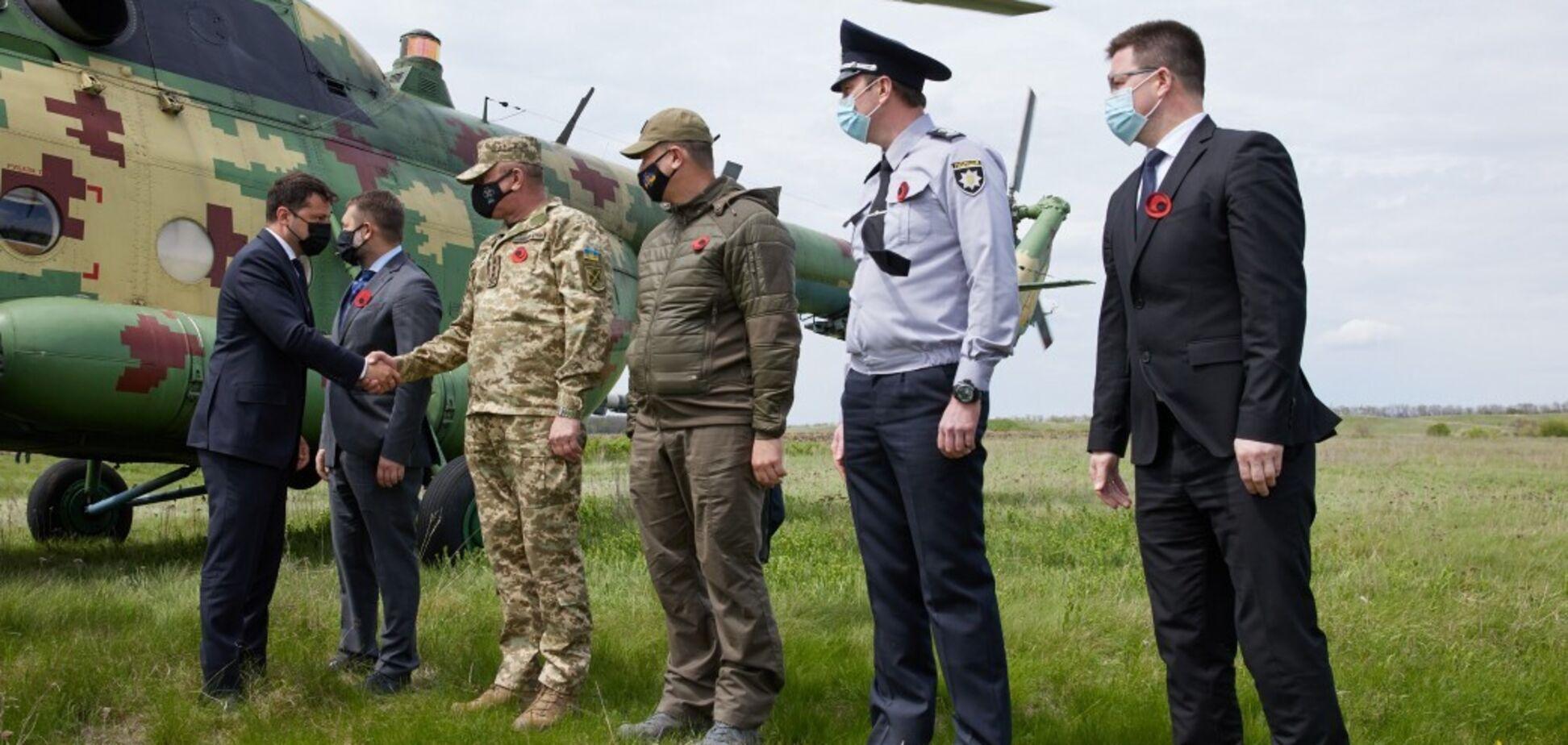 Зеленський із послами Євросоюзу та G7 прибув на Луганщину. Фото