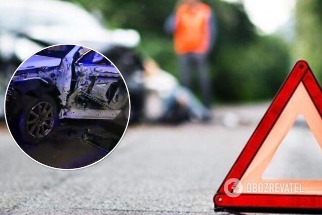 В Киеве пьяный водитель протаранил грузовик на встречной. Видео