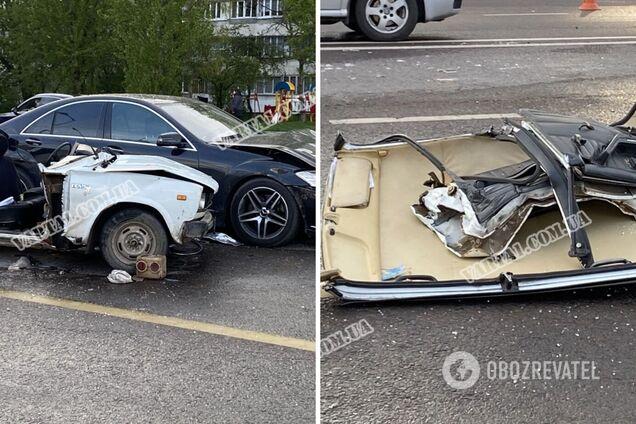 Во Львове авто сорвало крышу после мощного ДТП: есть погибший. Фото и видео