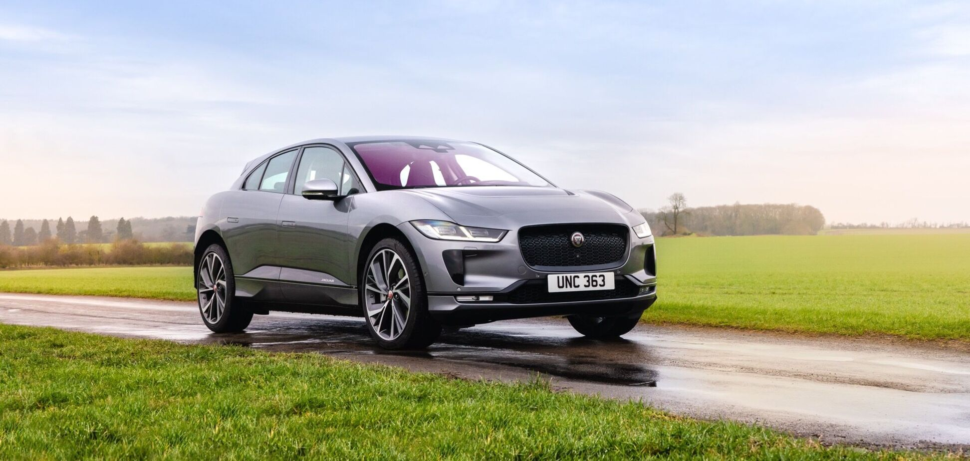 Jaguar представив оновлений кросовер I-Pace