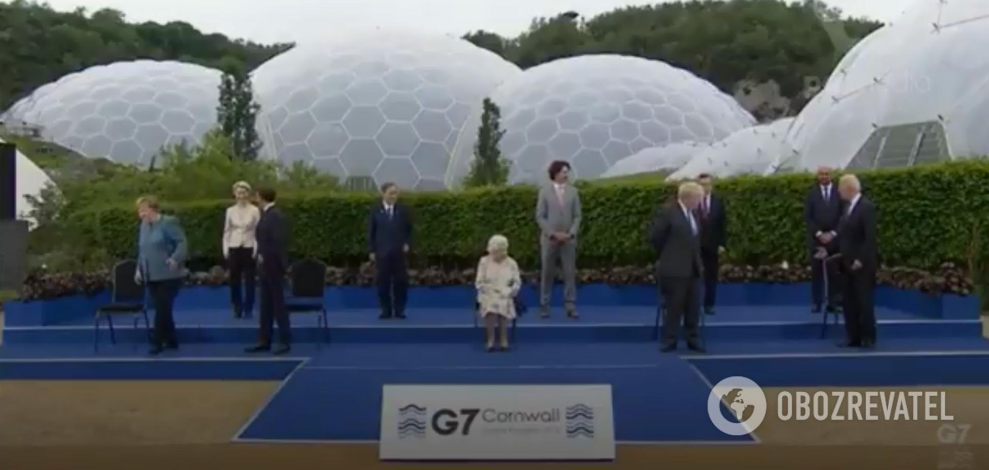 Лидеры G7 и Елизавета II