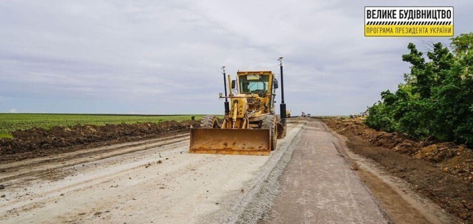 На Миколаївщині триває ремонт автошляху Н-14