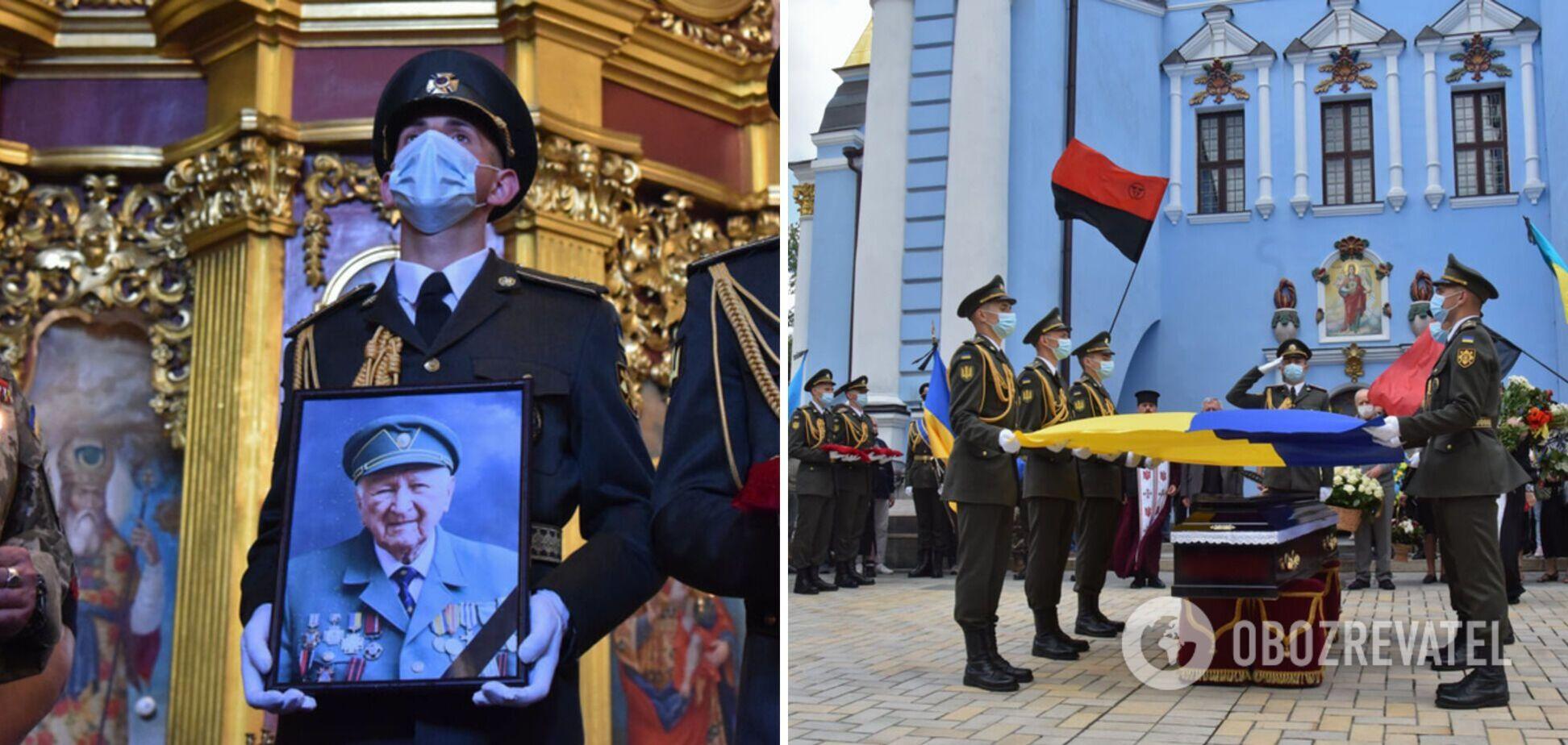 У Києві попрощалися з воїном ОУН і в'язнем радянських таборів Орестом Васкулом. Фото