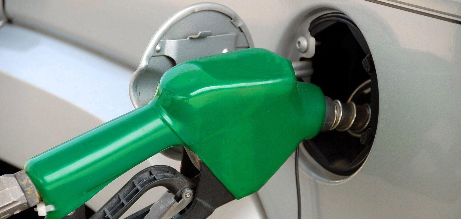 Что может изменить цены на бензин в Украине к концу лета: названы причины