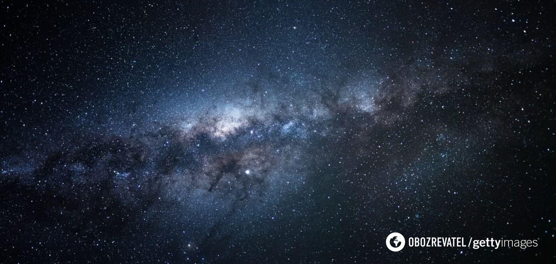 Возле Млечного Пути обнаружена гигантская звезда, которая периодически угасает