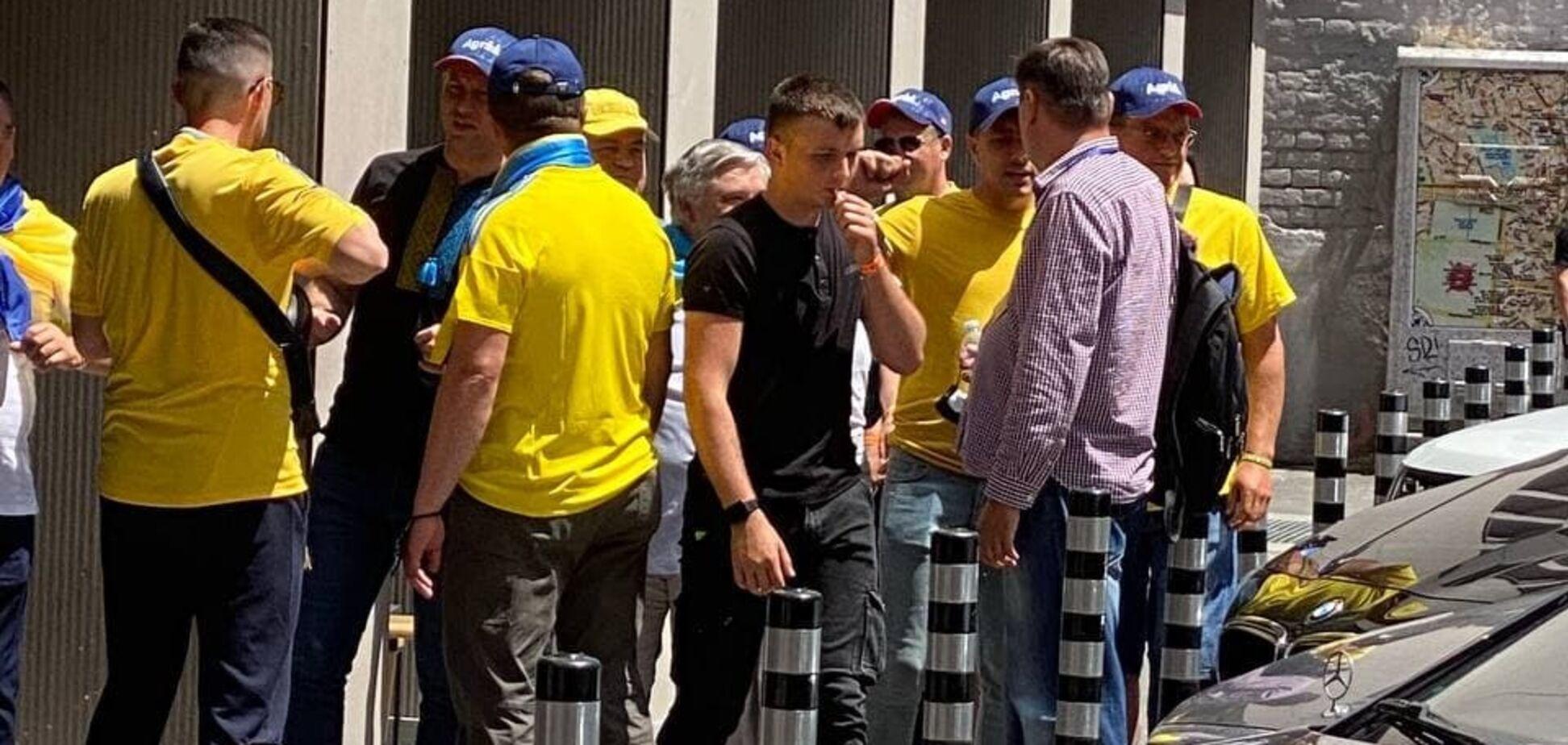 Українські фанати передали привіт Путіну на Євро-2020