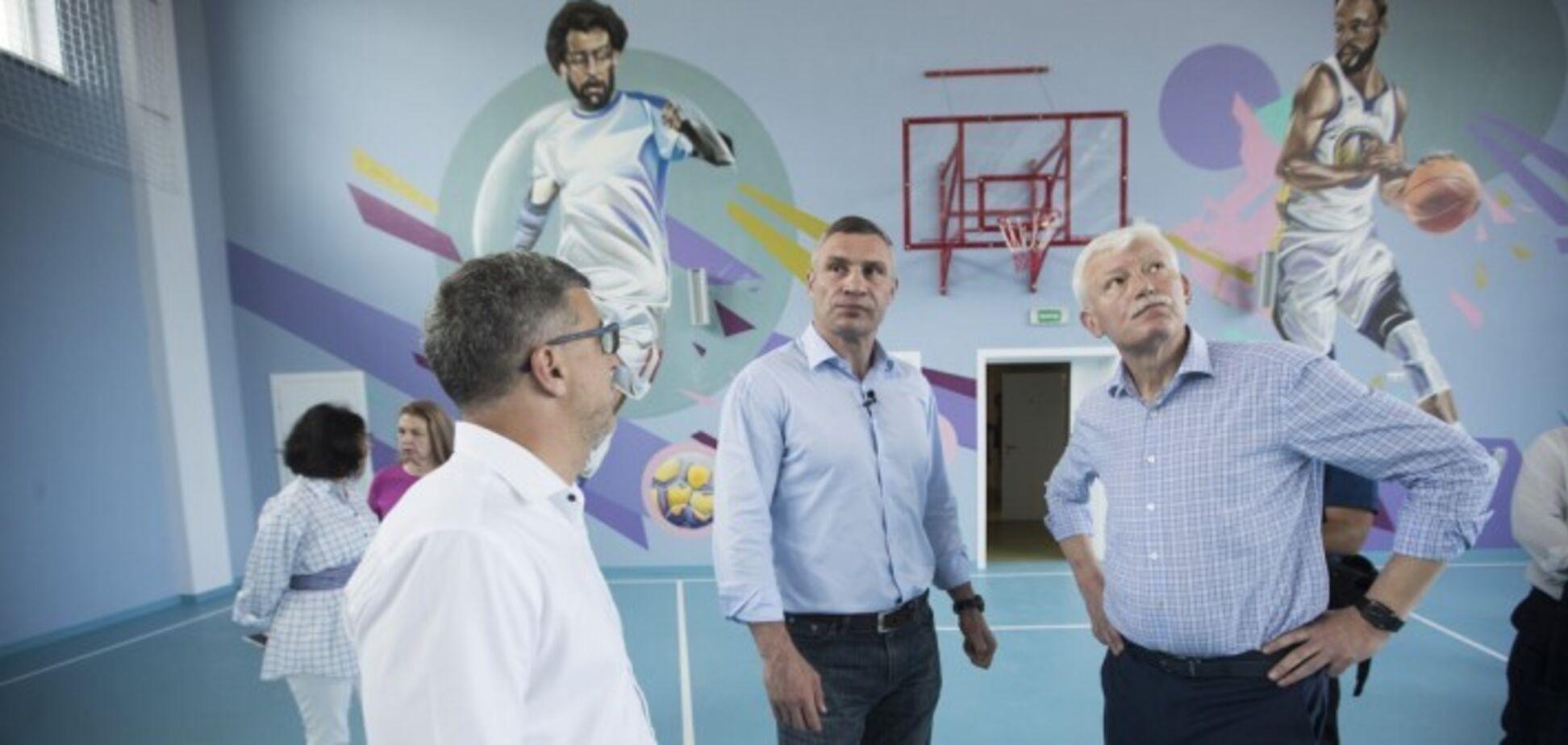 Кличко показав нову школу в Києві, яка відкриється 1 вересня. Відео