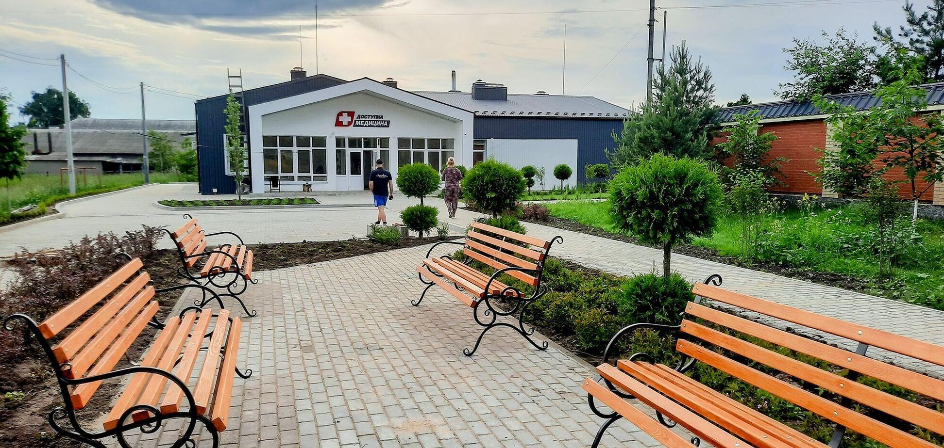 'Велике будівництво': на Житомирщині збудували четверту за рік амбулаторію європейського рівня
