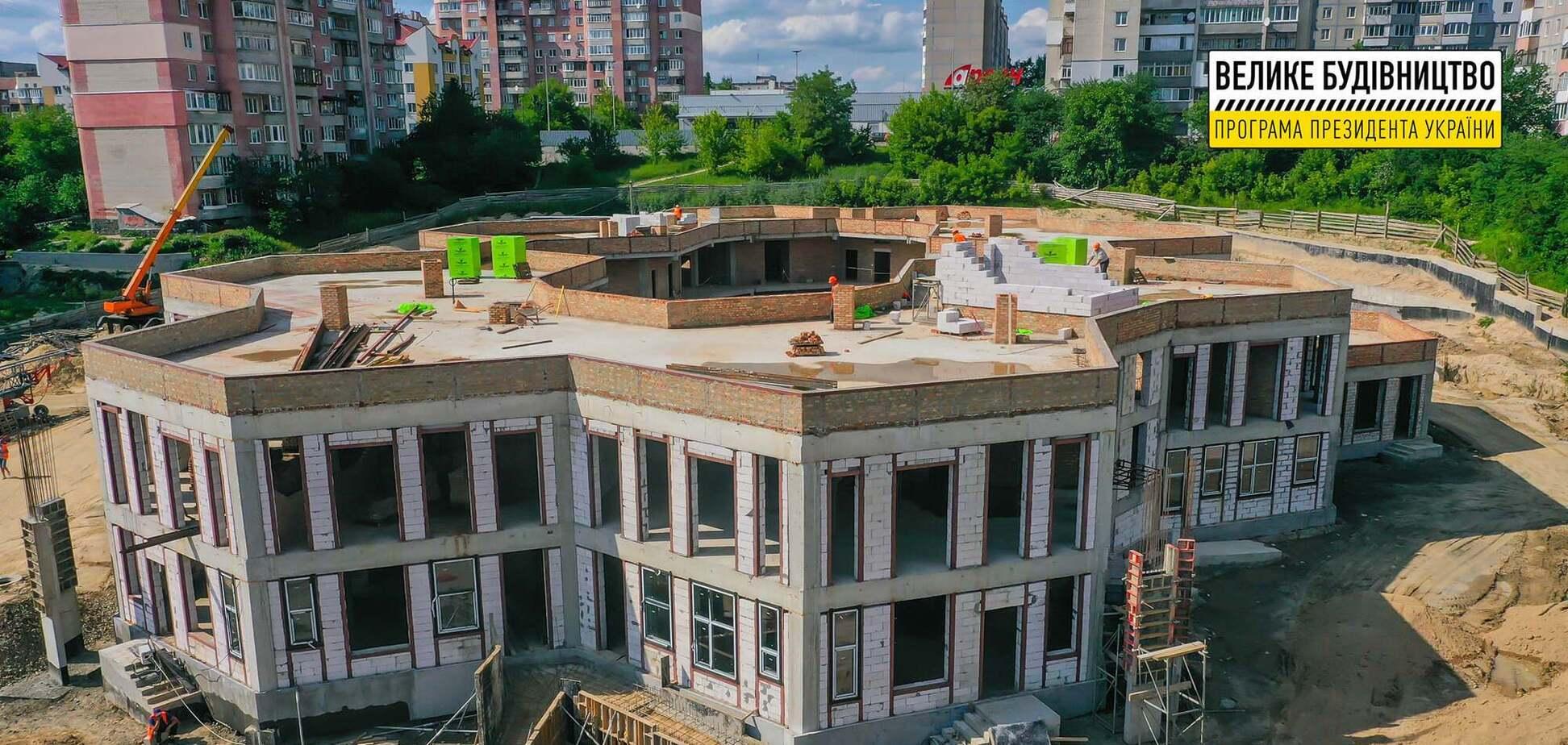 В сети показали фото 'Большой стройки' уникального садика в Ривне