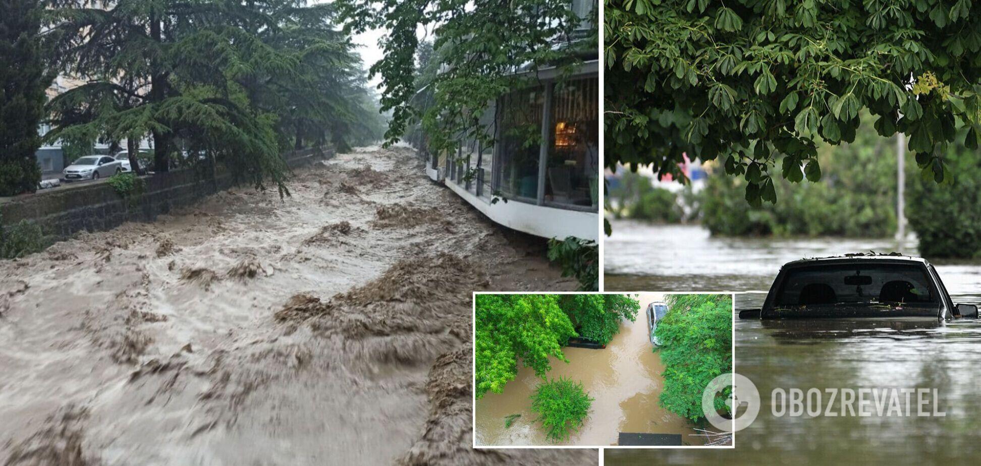 У Ялті річка вийшла з берегів
