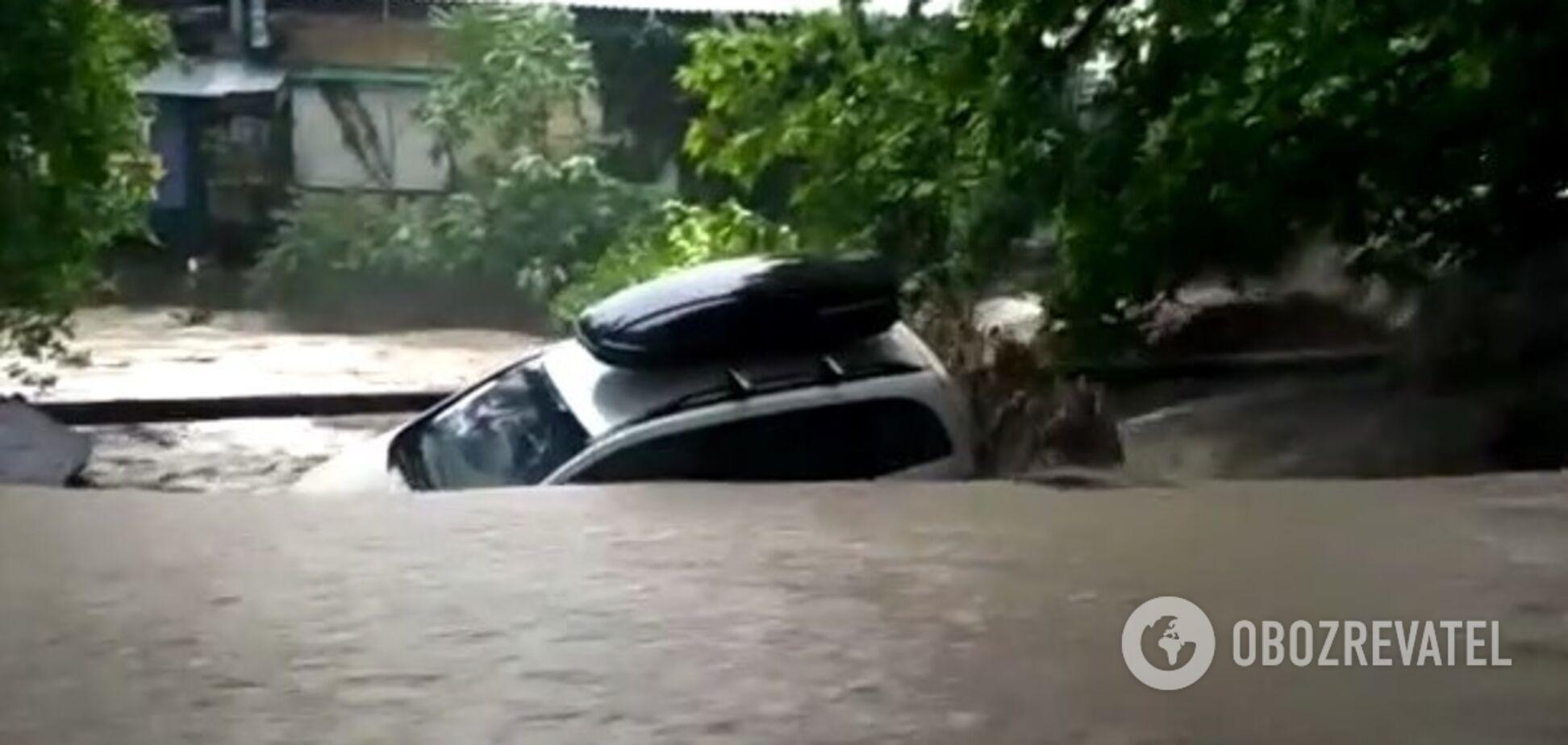 В Ялте после проливных дождей река вышла из берегов