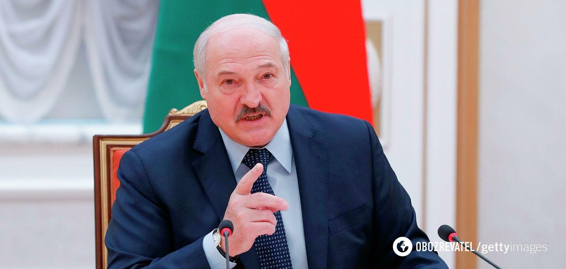 Лукашенко пригрозил закрыть Беларусь для авиарейсов из Украины