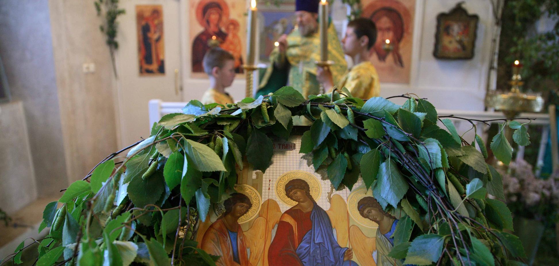 На Троицу в храмах проходит одно из самых торжественных богослужений года