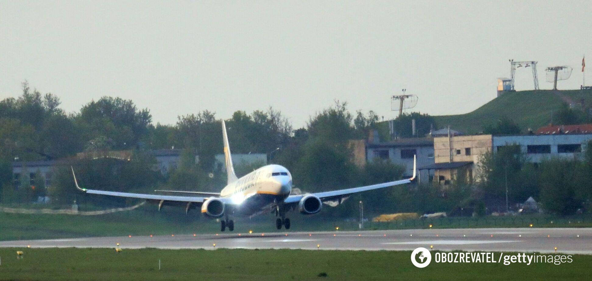 Сім країн приєдналися до авіабойкоту Білорусі