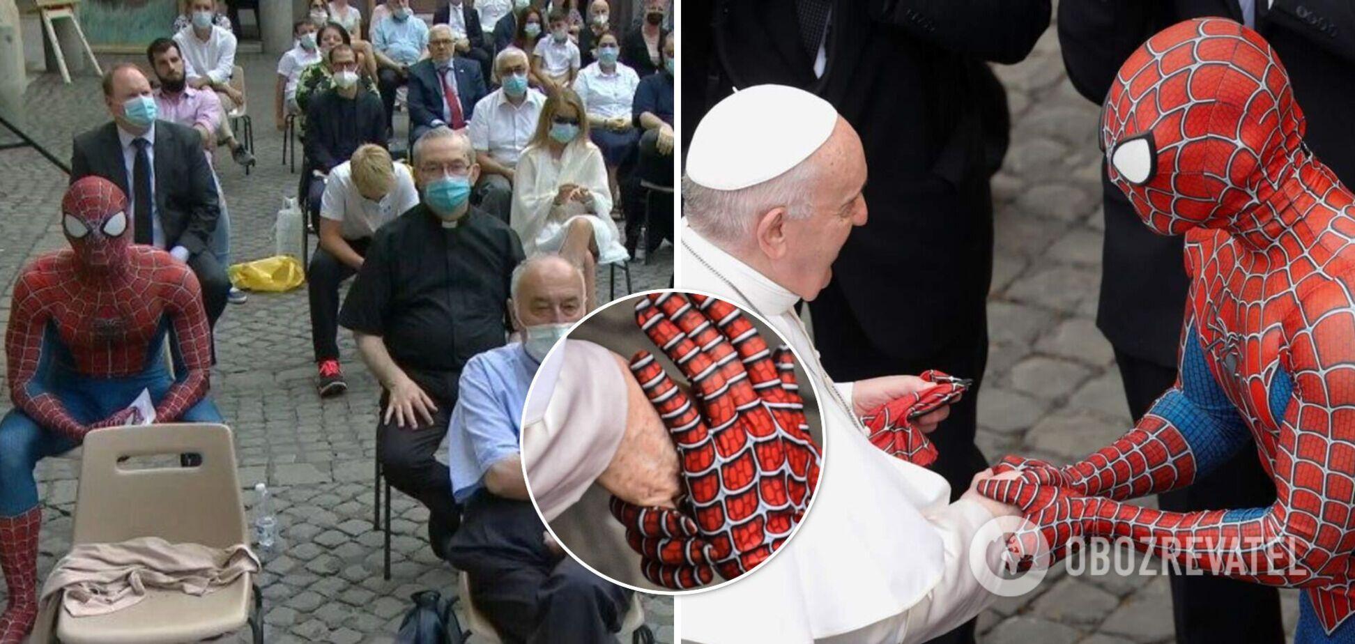 Папа Римский провел аудиенцию с Человеком-Пауком. Фото и видео встречи понтифика и супергероя
