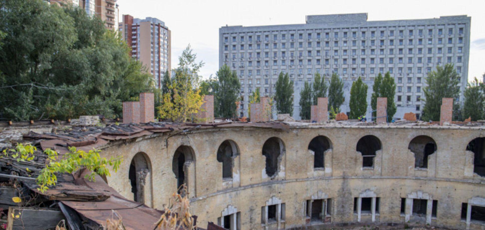 У Києві напівзруйновану вежу Печерської фортеці перетворять на сучасний музейний комплекс