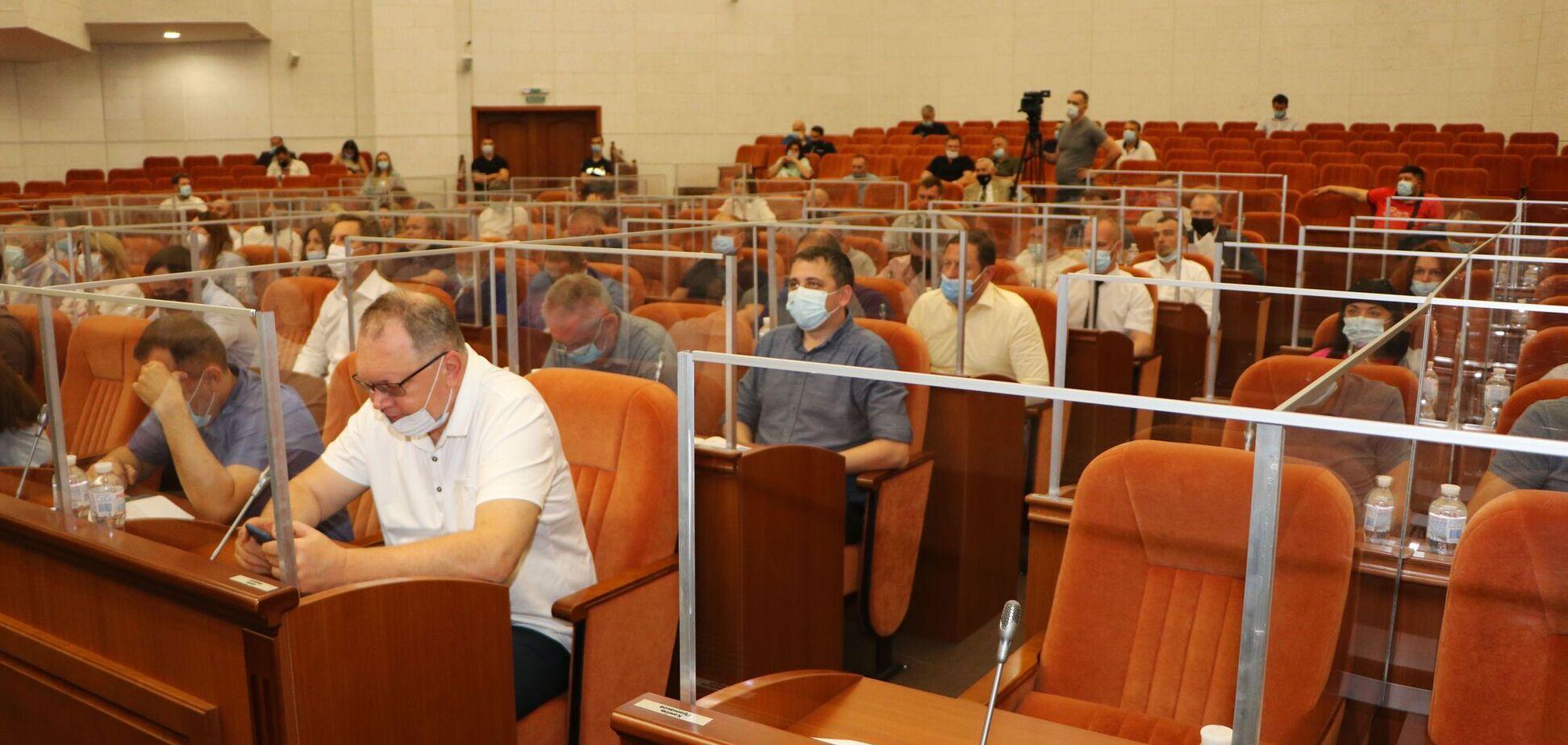 У Дніпрі майже 600 організацій мають встановити станції моніторингу шкідливих викидів
