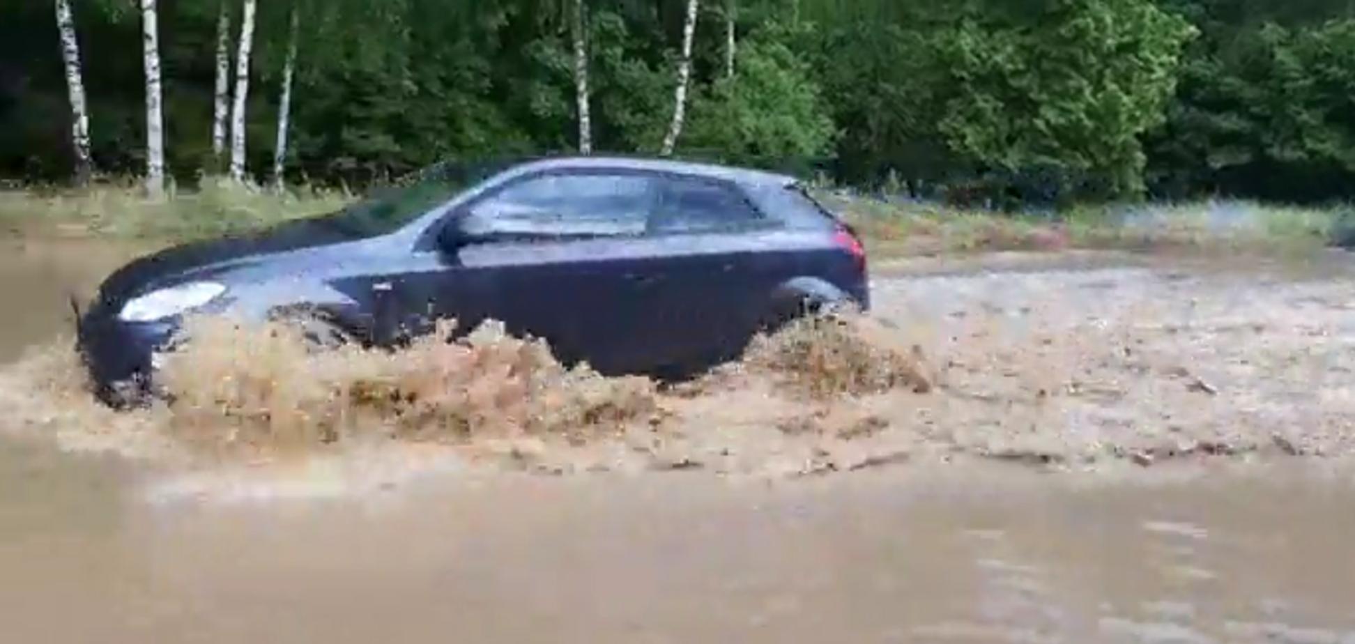 Несколько городов в Польше буквально накрыло водой