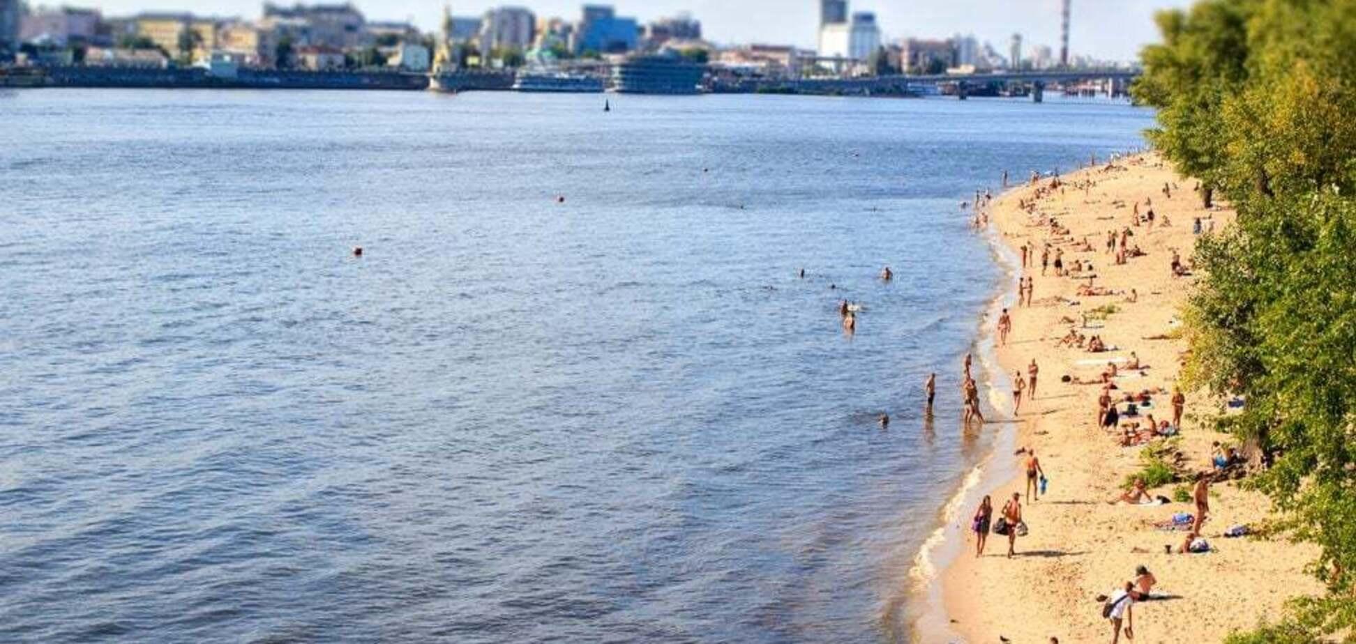 У Києві заборонили купатися на 4 пляжах: фахівці знайшли кишкову паличку