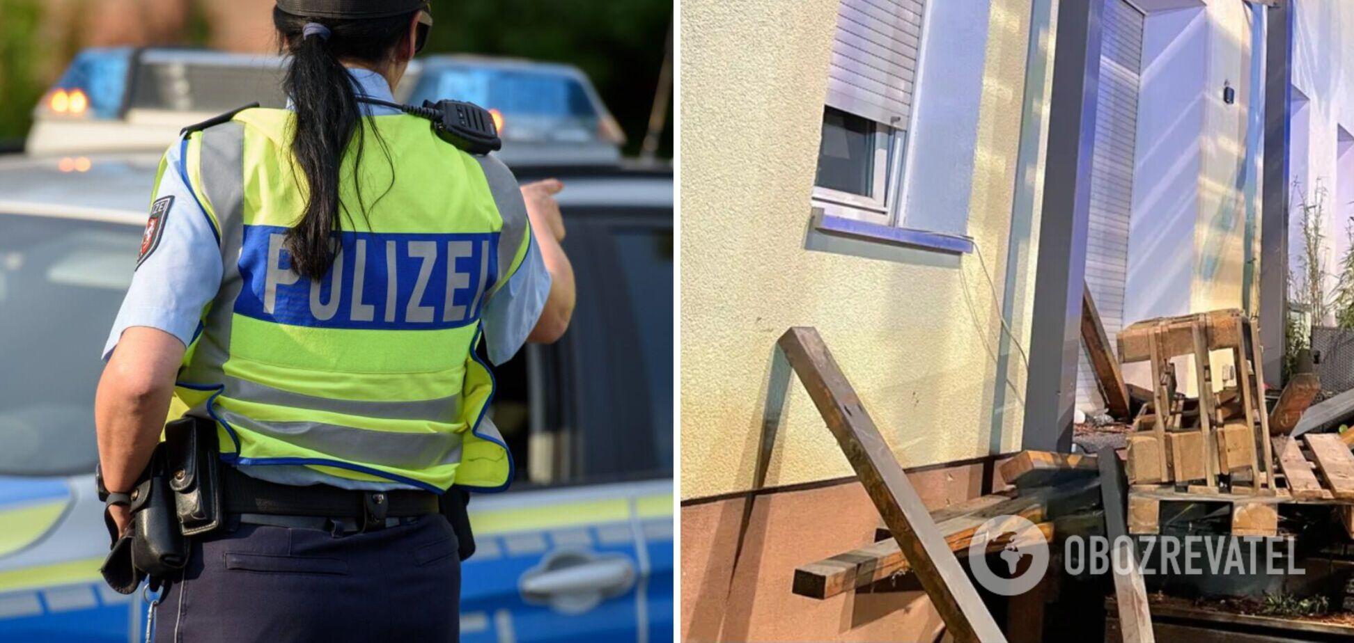 В Германии обвалился балкон с людьми, много пострадавших. Фото