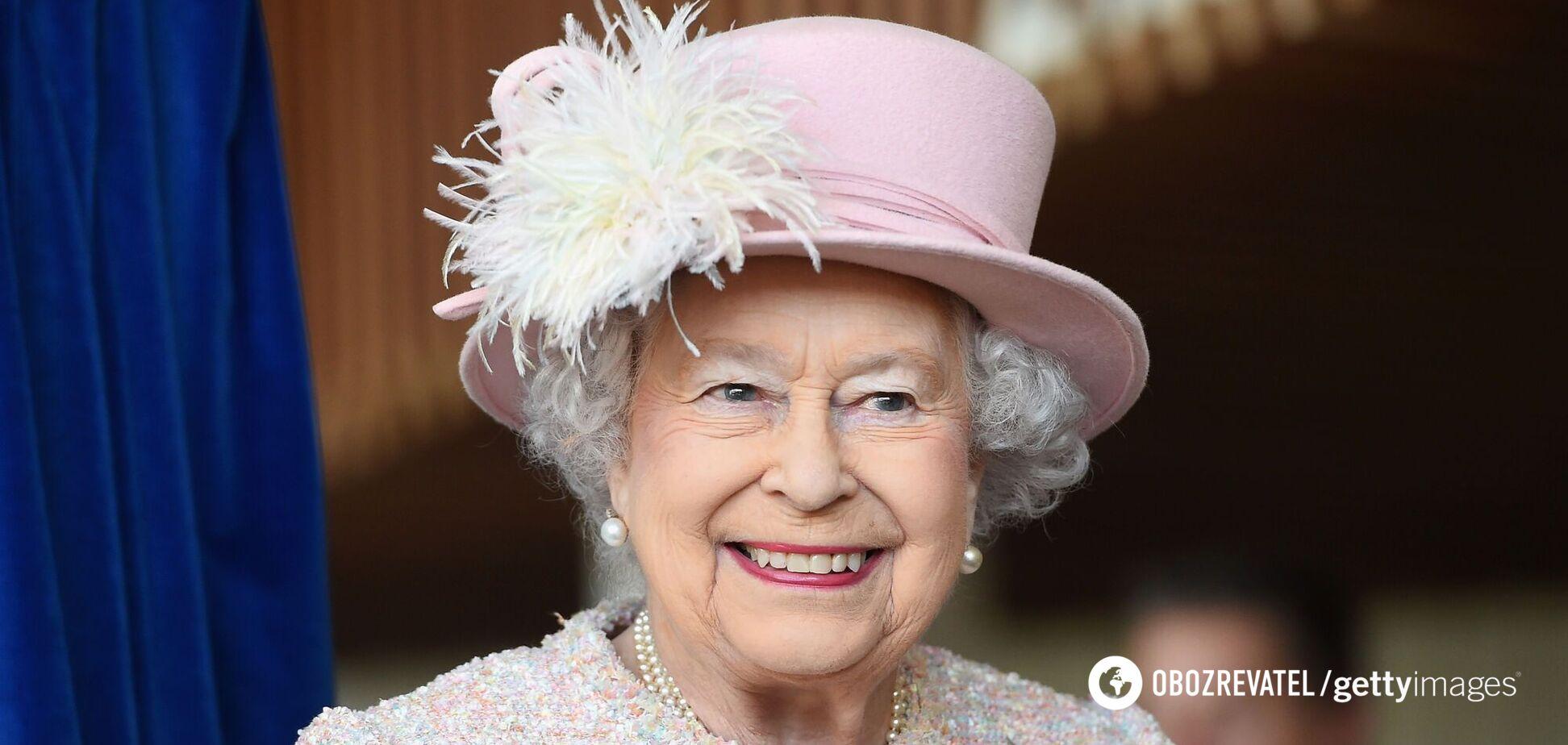 Єлизавета II зізналася, що може змусити її відмовитися від королівських обов'язків