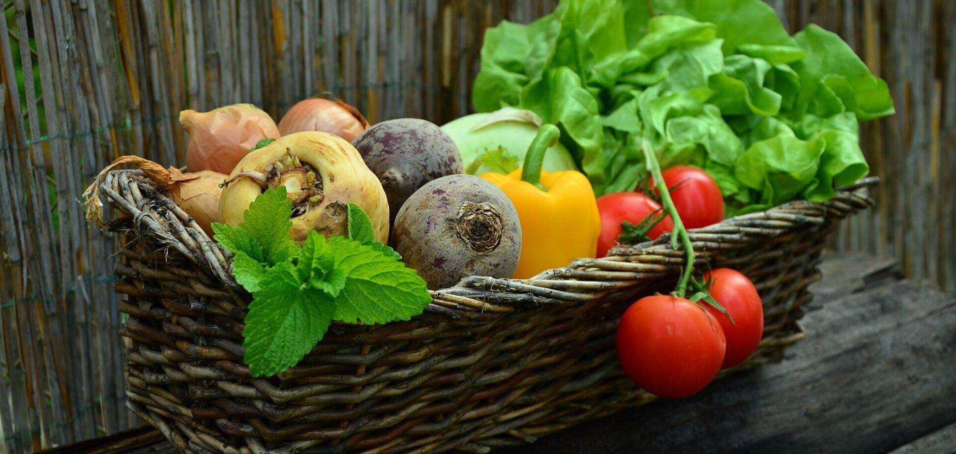В Украине изменились цены на овощи, курятину и яйца