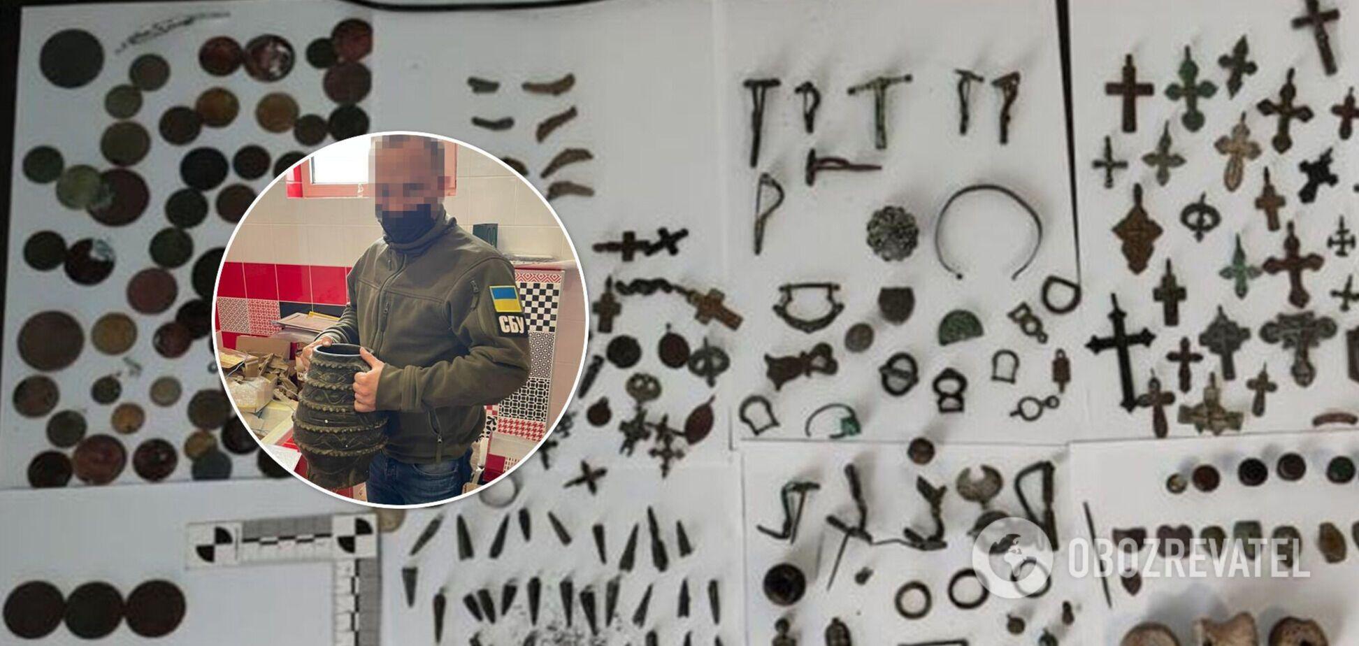 З України контрабандисти намагалися вивезти артефакти античності і часів Київської Русі. Фото