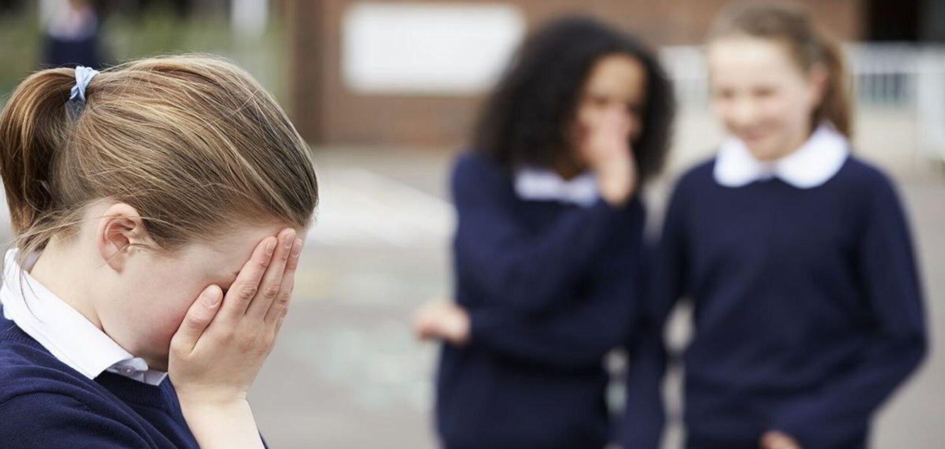 В Киеве 12-летняя девушка стала жертвой жестокого буллинга
