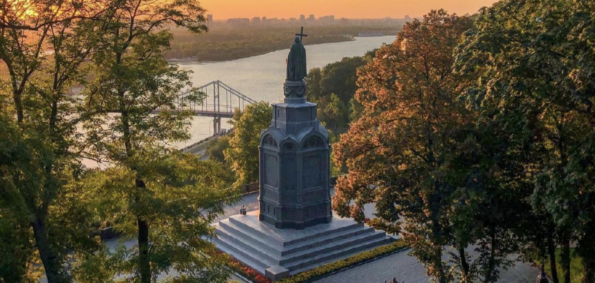 У Києві відреставрують найстаріший пам'ятник князю Володимиру Великому