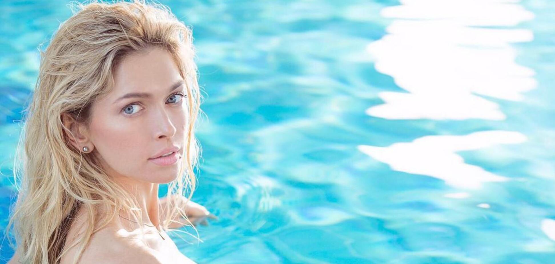 Вера Брежнева в белоснежном купальнике и с яркой помадой восхитила сеть. Фото