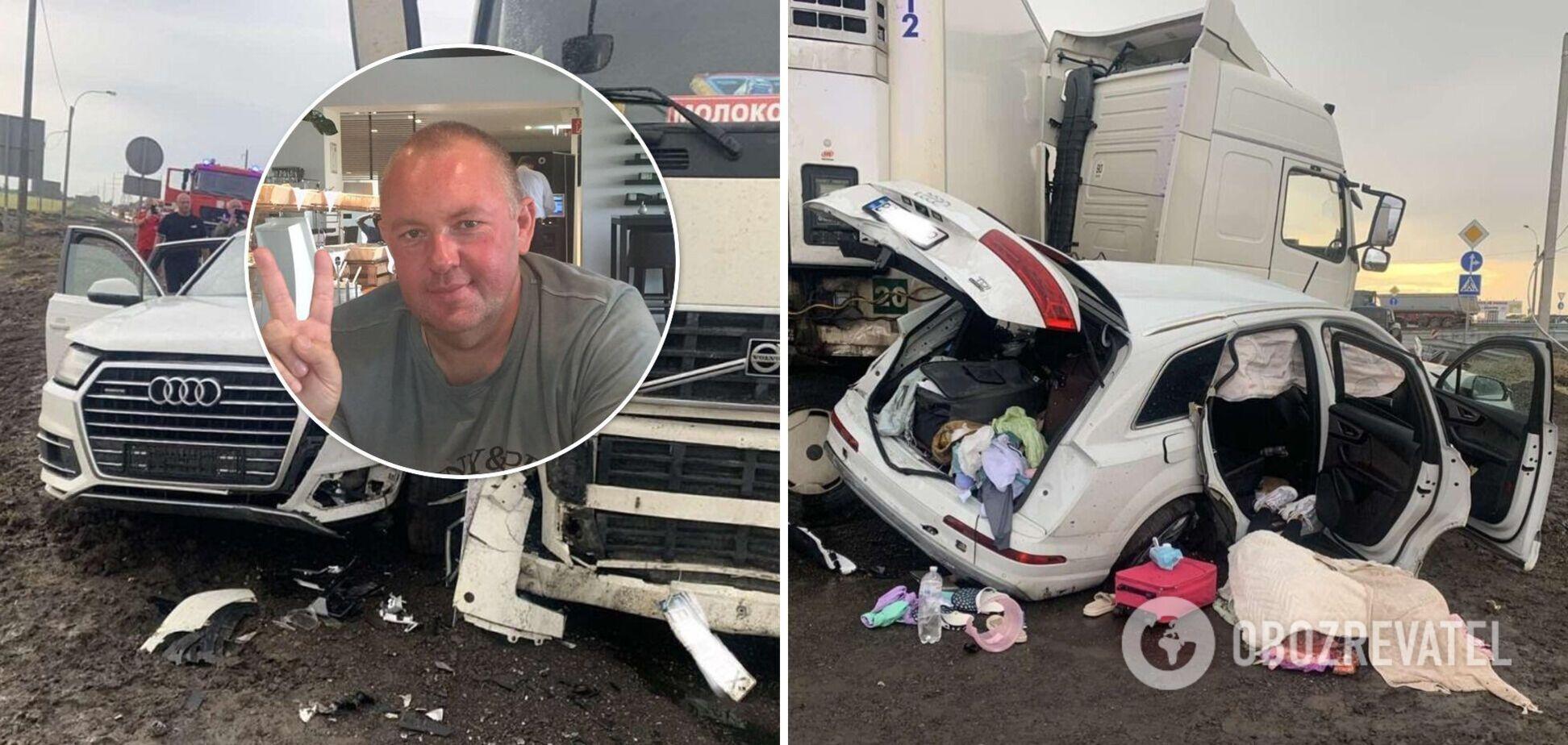 На Херсонщині в ДТП загинув 'свободівець' із сім'єю: одну дитину рятують лікарі. Фото