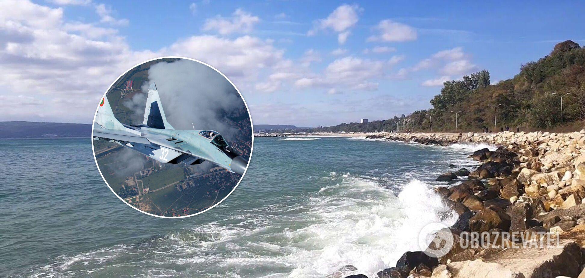 Истребитель ВВС Болгарии упал в Черное море: первые детали