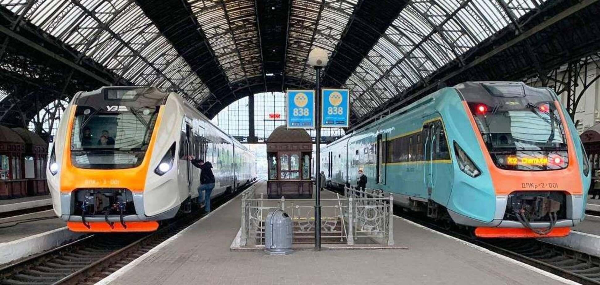 Некоторые поезда задерживаются более чем на 3 часа