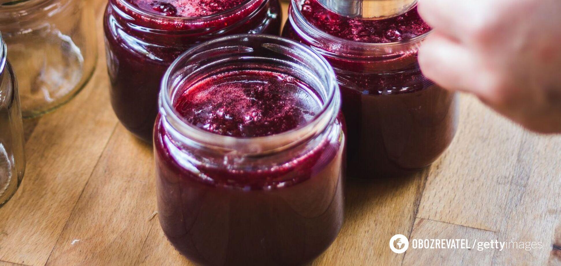 Як вдома приготувати вишні у власному соку