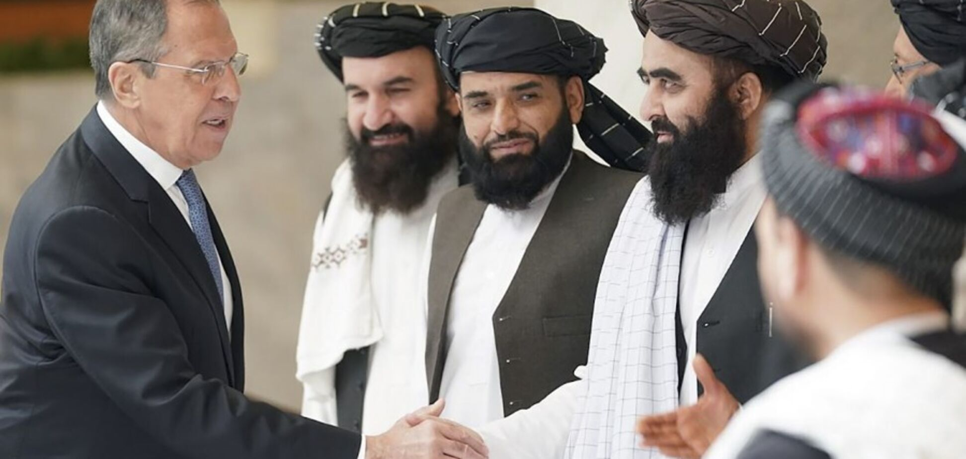 Росія себе видає, лобіюючи 'Талібан'