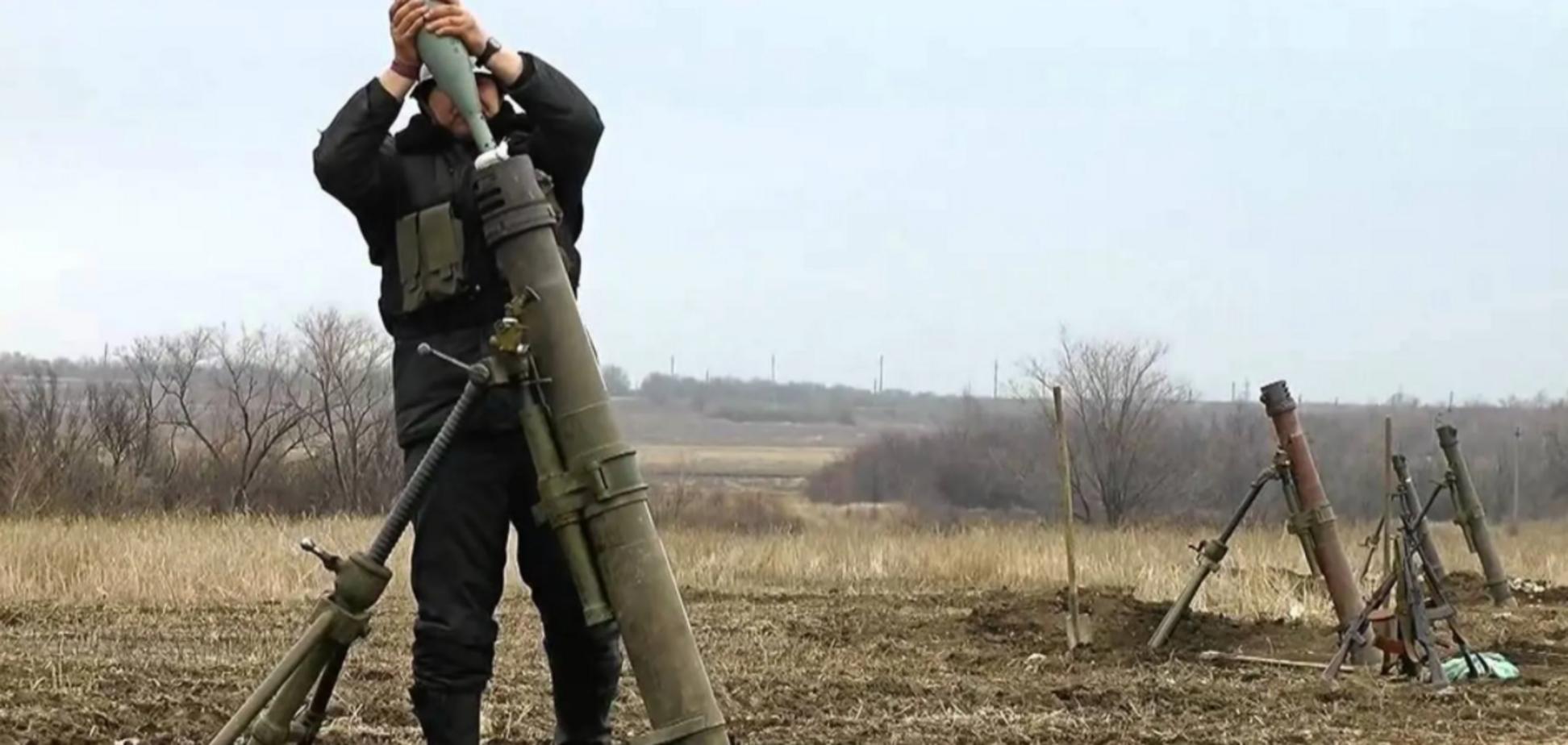 Бойовики 'ДНР' обстріляли прифронтове селище, люди залишились без світла. Відео